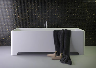 Feel freestanding bath