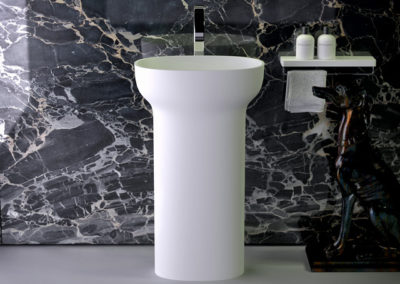 Prime freestanding washbasin