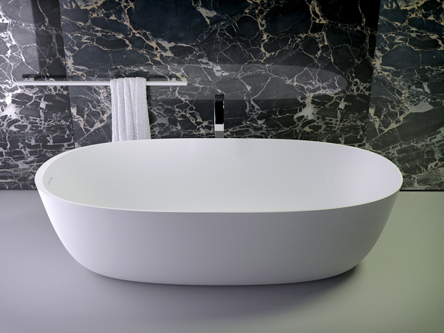 Prime freestanding oval bath