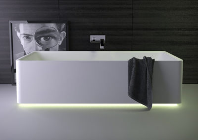 Shine freestanding bath
